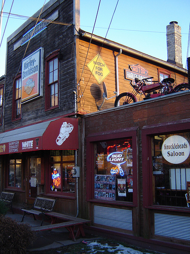 Knuckleheads Saloon Scooter S Bar Guide