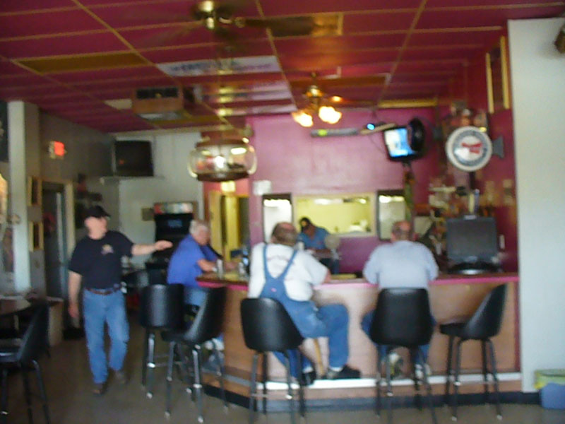 Highlander Bar & Grill, Grandview