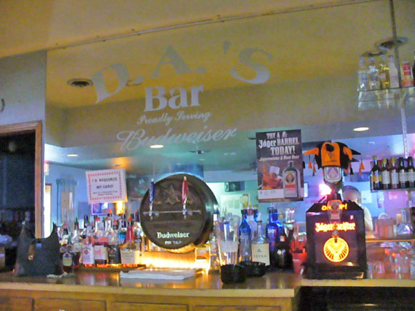 DA's Bar, Grain Valley