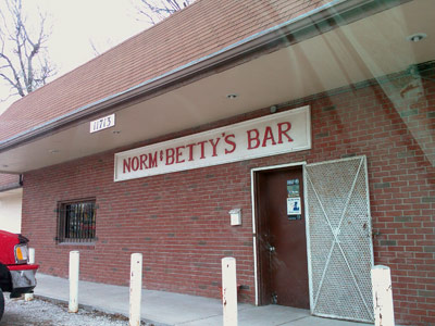 Norm & Betty's, Independence